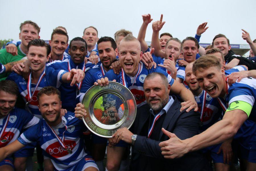 Spakenburg kampioen Derde Divisie