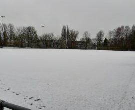 Sneeuw kunstgrasveld